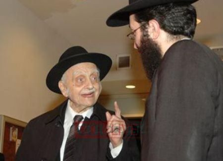 Rabbi Hollander and My Encounter producer Yechiel Cagen. Courtesy of COLlive.