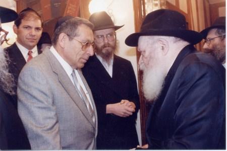 "I'm pretty sure this is former Israeli MK Rechavam ""Gandhi"" Ze'evi"